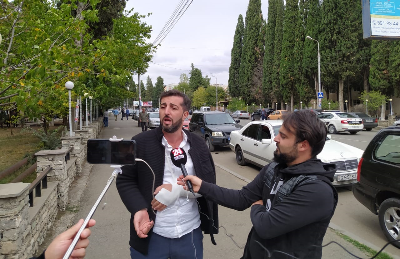 Ötən axşam Marneulidə döyülən jurnalist Ceyhun Muhammədəlinin son vəziyyəti və hadisənin şərhi...