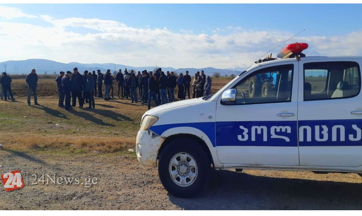 İkinci Kosalı kəndində yenidən gərginlik yaşanıb - Polis və Yeparxiya nümayəndələri...